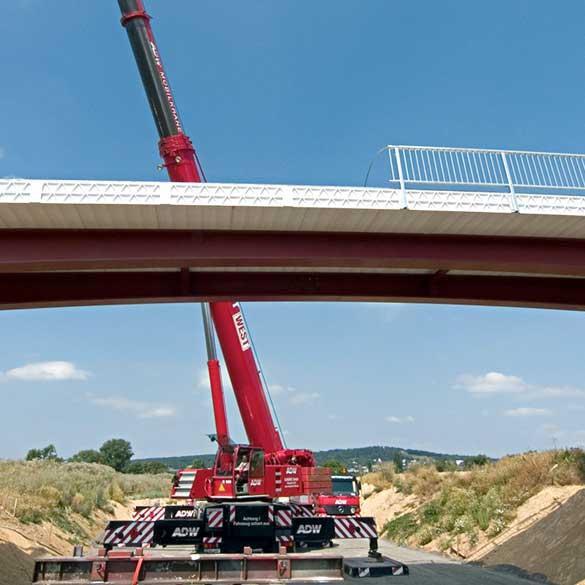 استفاده از کامپوزیت ها در پل های جاده ای